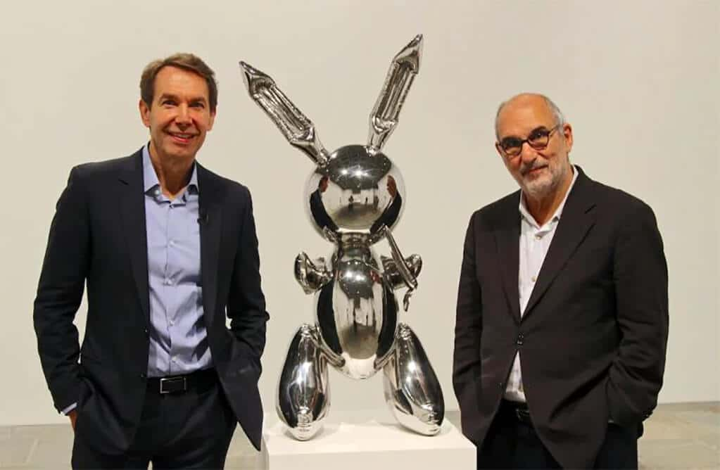 Shiny shiny: Koons, Rabbit, 1986, and Yentob; photo credit: BBC