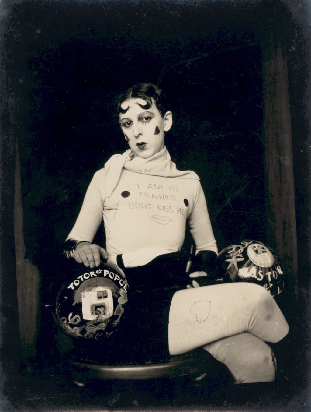 Claude Cahun, I am in training
